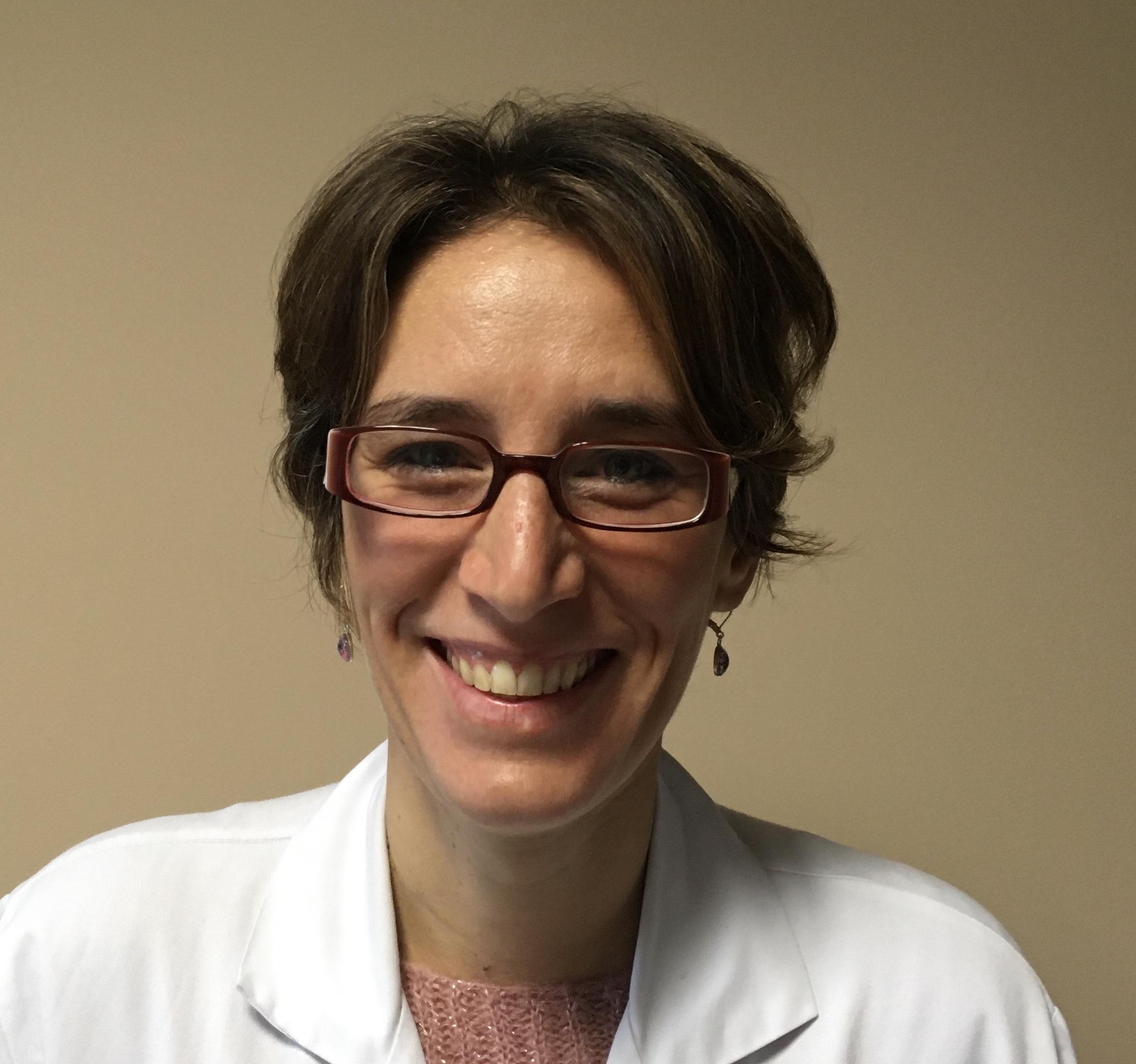 Dr. Cécile Tomowiak